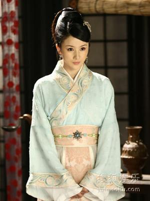 《孔雀东南飞》是由古典名著改编而成的电视剧
