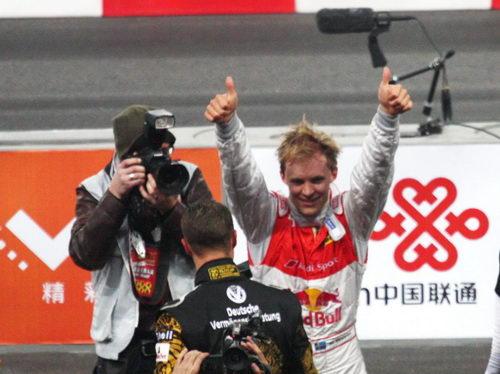 图文:世界车王争霸赛车手杯 埃克斯特罗姆夺冠