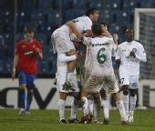 组图:欧冠小组赛第四轮 尤尼里亚1-1平流浪者