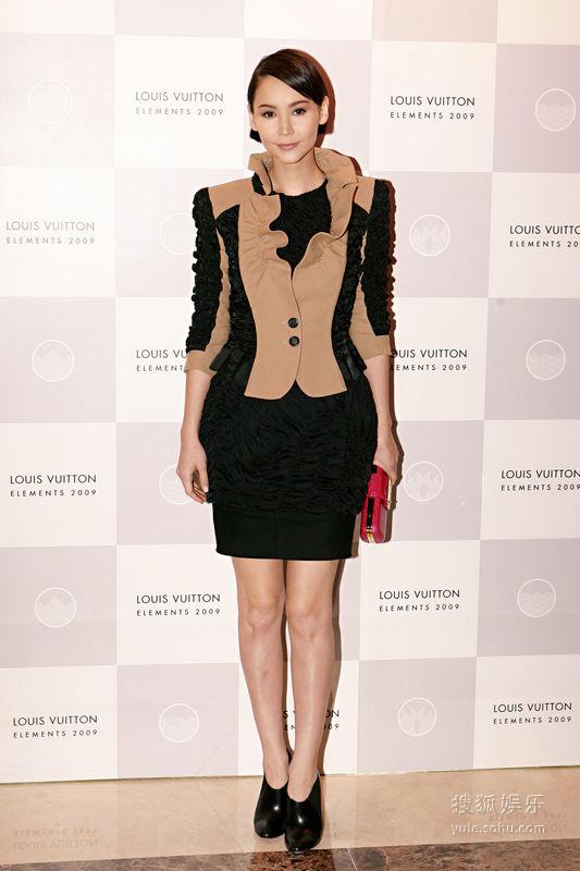 11月2日,Amanda S出席Louis Vuitton新店开幕礼