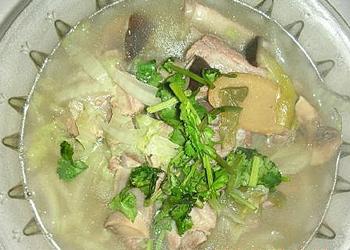 白菜蘑菇排骨汤黄豆臭豆鼓怎么做的图片