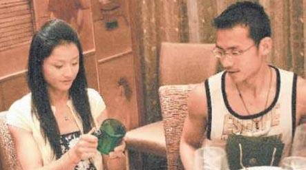 晏紫与老公在一起