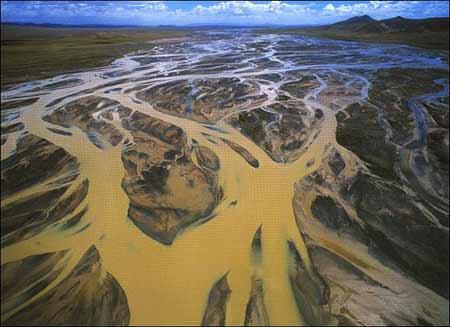 沱沱河发源于唐古拉山(资料图)