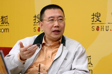 第一财经周刊总编辑何力。(图片来源:搜狐财经)