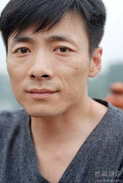 金婚风雨情演员介绍-祖峰 金婚2 挑战演技 角色年龄跨度50年