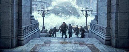 逃生灾难片《2012》前了解下载的应该秘籍猎凶风天堂电影河谷观看图片
