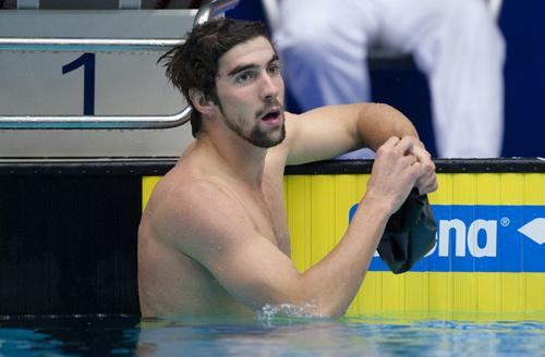 图文:短池游泳世界杯第三站 菲尔普斯大胡子茬