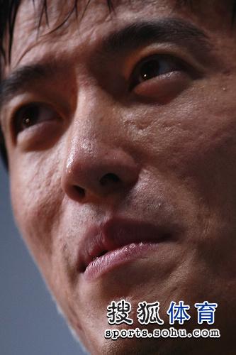 图文:刘翔成就亚锦赛三冠王 飞人脸部特写