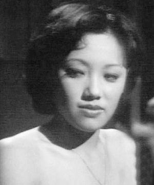 25岁的韩马利主演单元剧《女人三十》有大露背床戏