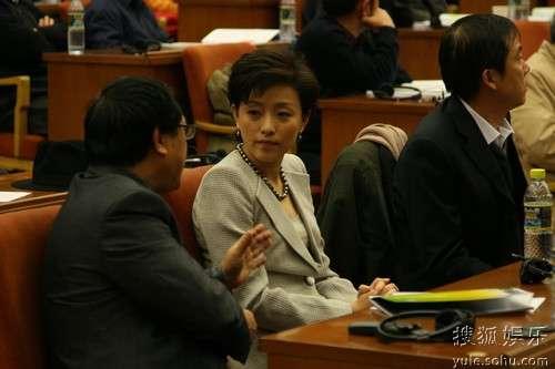成龙李冰冰杨澜荣获 中国十佳绿色人物 奖