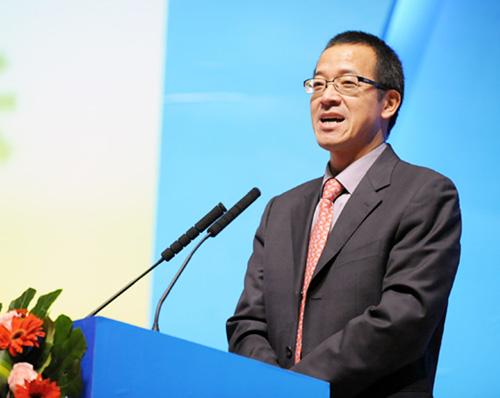 新东方教育科技集团董事长兼总裁俞敏洪