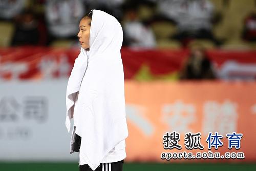 图文:亚锦赛赛场频现丽影 东方美女似观音