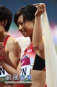 图文:亚锦赛赛场频现丽影 日本美女尽显妩媚
