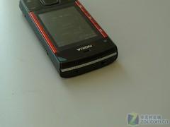 S40滑盖音乐手机 红色诺基亚X3上市开卖