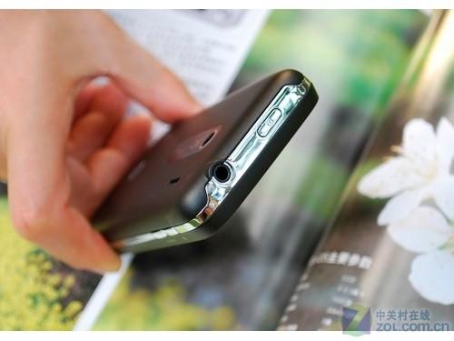 3.6英寸WVGA屏幕 HTC Ti-HD仅售1899元