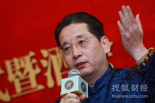 云南红酒业集团董事长武克钢