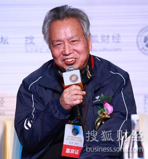 著名经济学家张曙光(唐怡民摄)