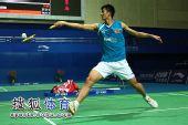 图文:林丹2-0谌龙晋级八强 谌龙网前回球