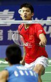 图文:林丹2-0胜谌龙进八强 林丹网前放小球