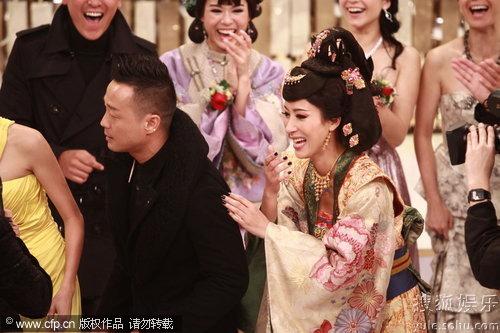图:TVB万千星辉贺台庆 王喜杨怡开怀大笑