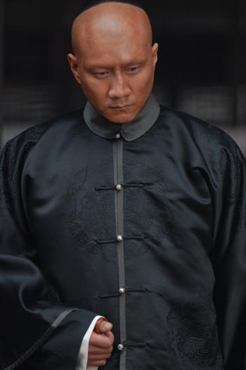 刺杀行动的主脑-阎孝国(胡军饰)