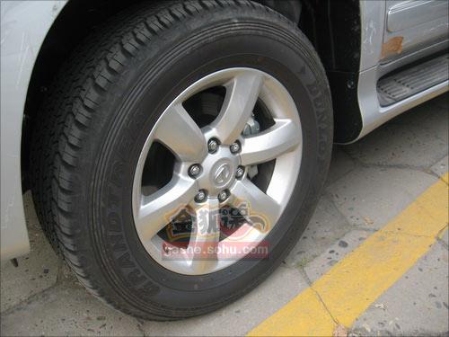 搜狐汽车曾经报道的GX460谍照