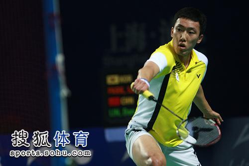 图文:林丹轻取对手晋级决赛 朴成焕疲于奔命