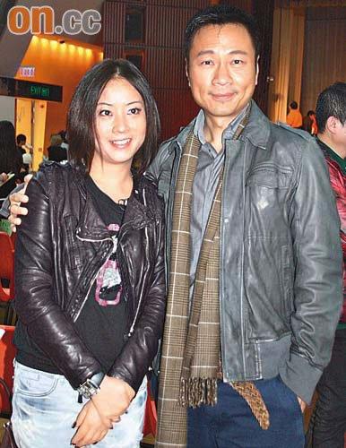 昨日黎耀祥与妻子一同出席活动。