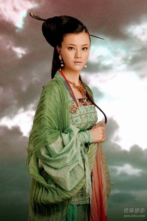 图:浙版《西游记》人物定妆照―― 铁扇公主