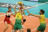 图文:巴西男排五连胜成功卫冕 巴西队组织进攻