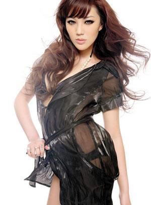超透明裙子美女