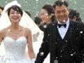 视频:《无人驾驶》刘烨当爸爸 高圆圆雪中披婚纱