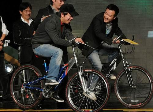 黄渤、宁浩这一对老搭档,一搭就搭了三部戏