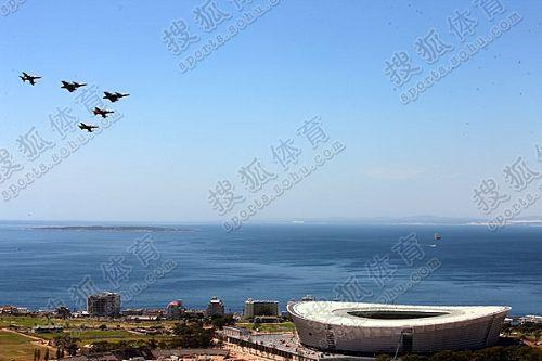 南非空军飞行表演助兴