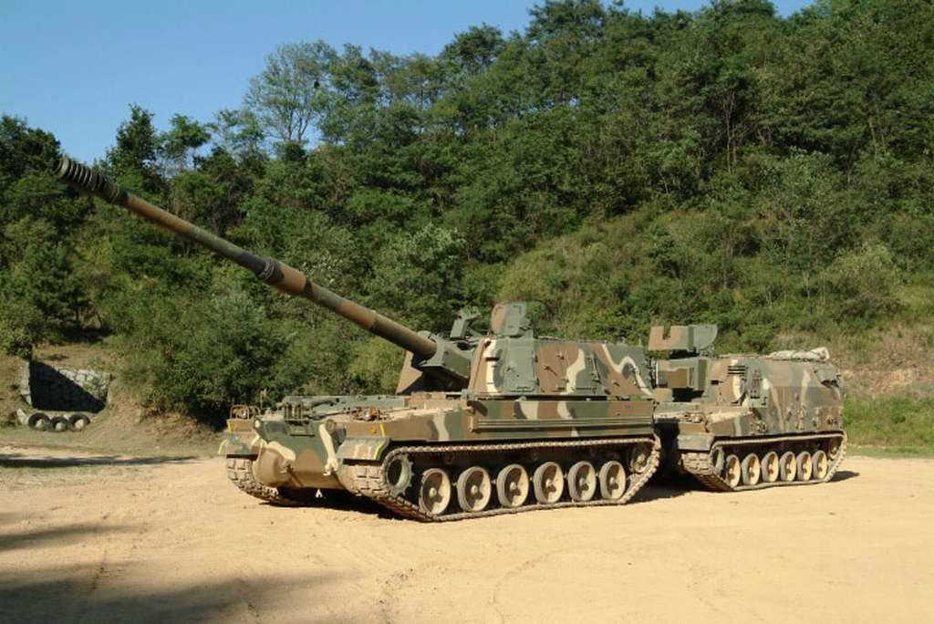 �9��9�9�&9��_高清图集:韩国k-9型自行榴弹炮弹药补给车