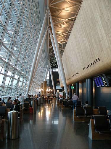 瑞士苏黎世机场候机厅