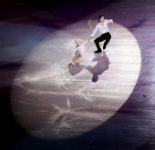 图文:09花滑总决赛表演赛 庞清佟健的表演节目