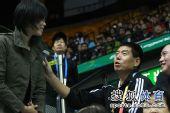图文:中国女排3-0中华台北 张平走上看台