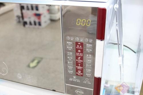 本周特价799!美的电脑版微波炉推荐