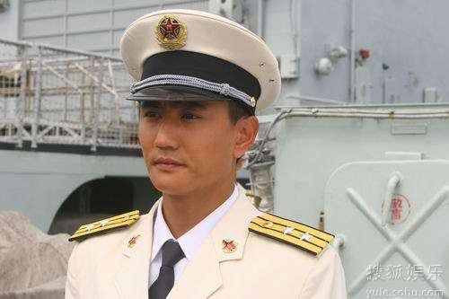海军将领叶静