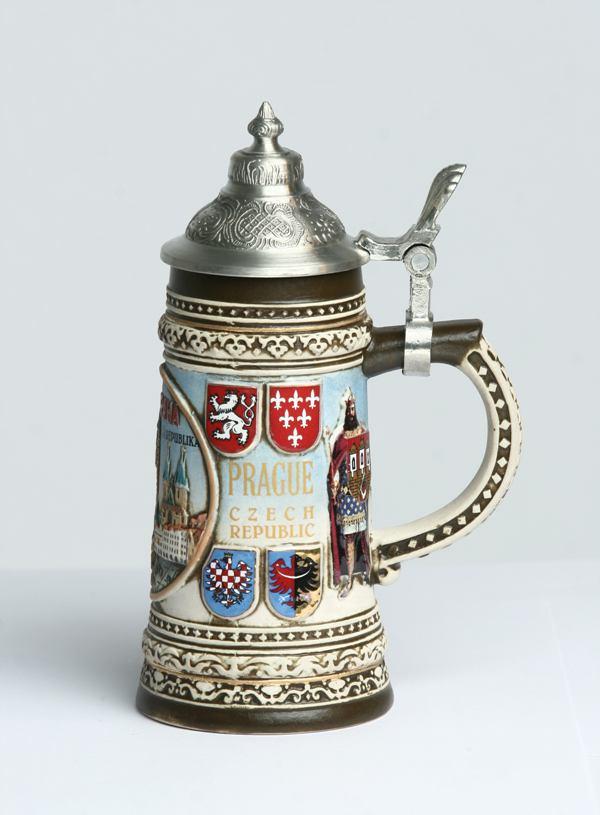 10 吴刚-欧式精品咖啡壶