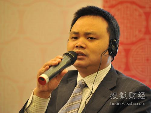 国家电网企业社会责任处处长 李伟阳