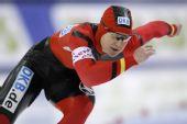 图文:速滑德国选手破世界纪录 沃尔夫在比赛中
