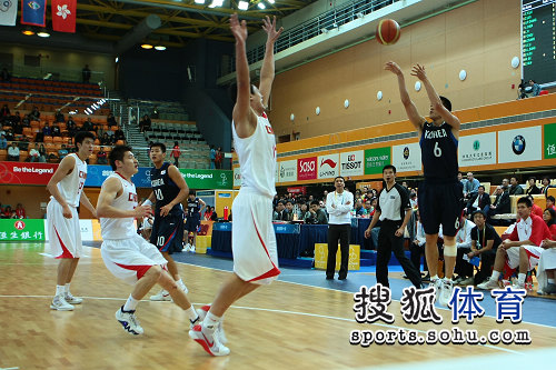 男篮32分惨败韩国 被对手三分雨砸晕