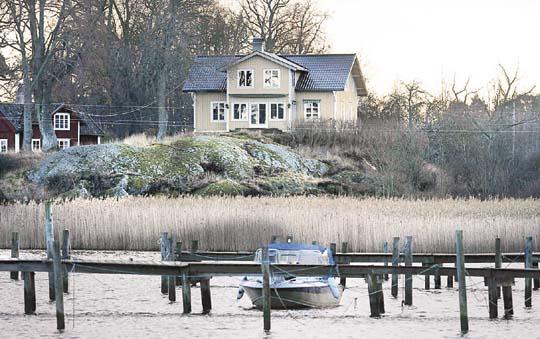 艾琳-诺德格伦已于邻近瑞典斯德哥尔摩的一个小岛买屋