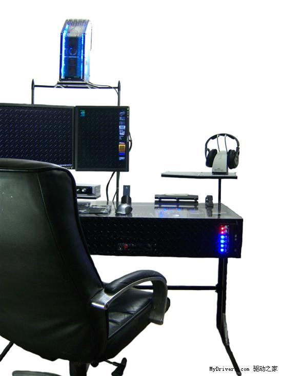 令人惊叹的超强电脑桌改装实例