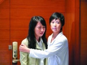海清在《蜗居》中演的海萍颇受观众好评,她对妹妹海藻做出的选择有点矛盾