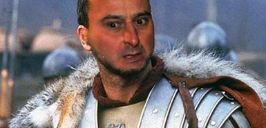 袭击意大利总理贝卢斯科尼的男子马西莫・塔尔塔利亚在社交网站Facebook上受到追捧。