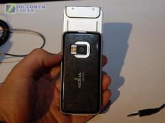 时尚娱乐滑盖手机 诺基亚N81促销1490元