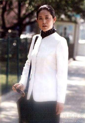 《浪漫的事》这个都市女性形象更贴近生活中的倪萍